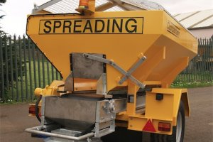 Towed Spreaders - Rear