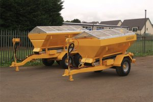 2.5m and 3.5m Towed Spreaders